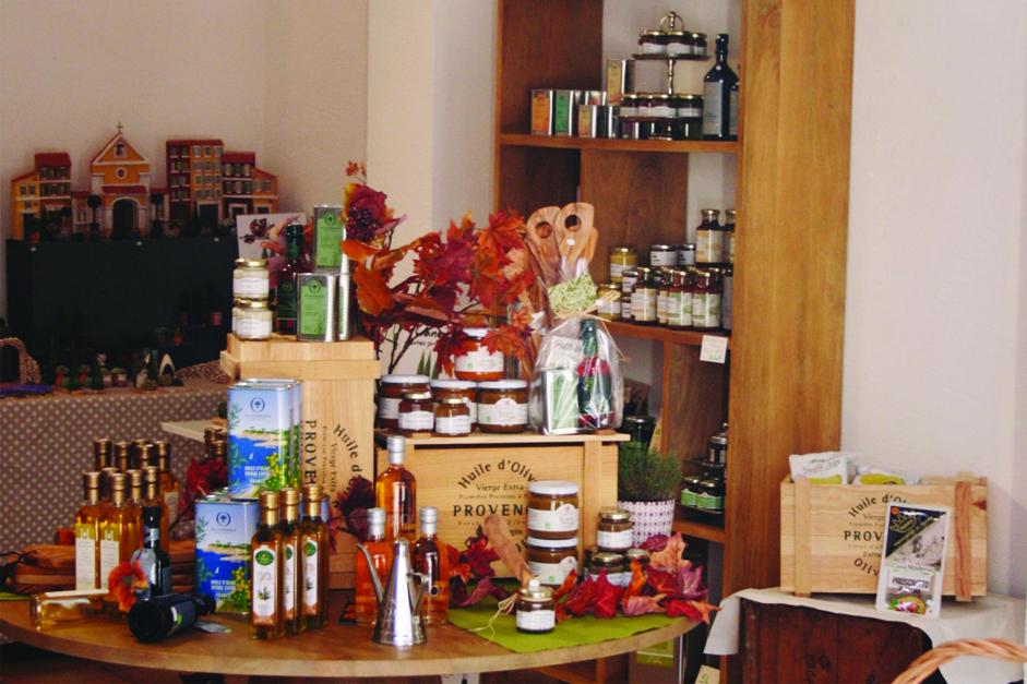 Aromates bio Truc&Co à l'épicerie A l'ombre des Oliviers Cavalaire